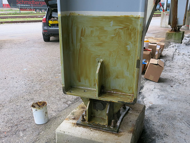 Denso Hi-Tack Primer used on Steelwork before application of Steelcoat System