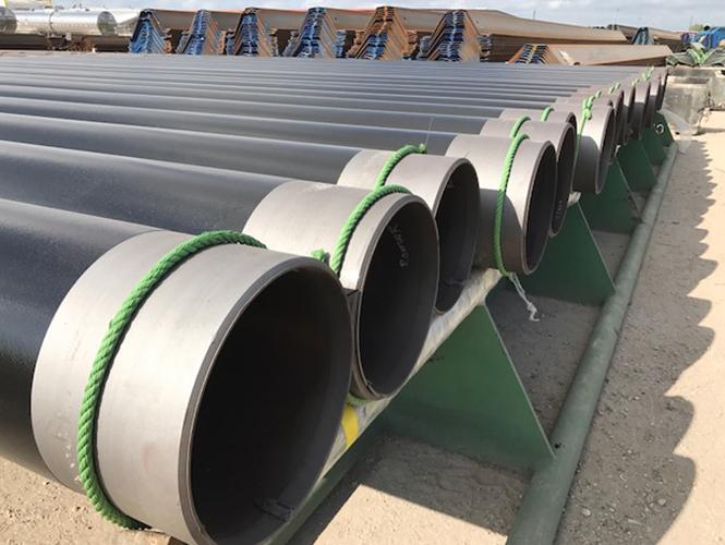 Protal 600 CTE being applied to steel sheet piling.jpg