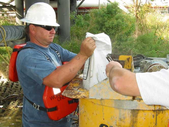 Applying Seashield 510 underwater grout